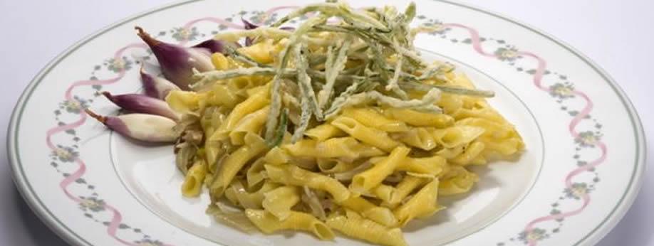 Garganelli di Imola con scalogno di Romagna